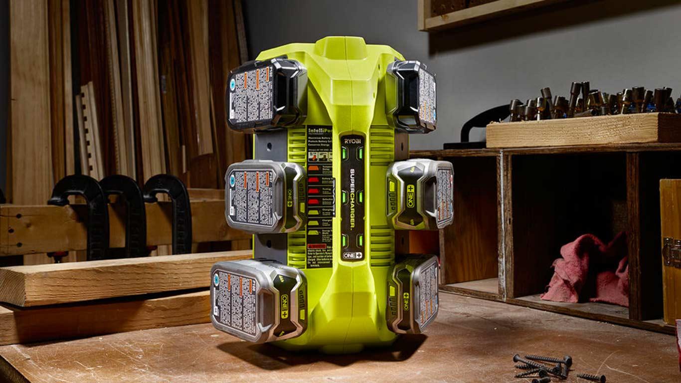 Chargeur de batterie 6 ports RYOBI 18V OnePlus Lithium-ion RC18627