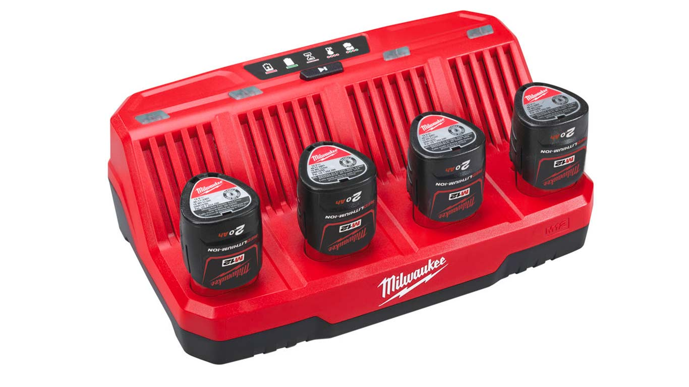 Chargeur Milwaukee M12 12V 4 slots