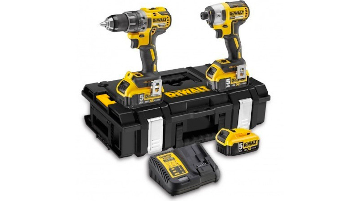 test avis et prix pack machines dewalt dck266p3 zone. Black Bedroom Furniture Sets. Home Design Ideas