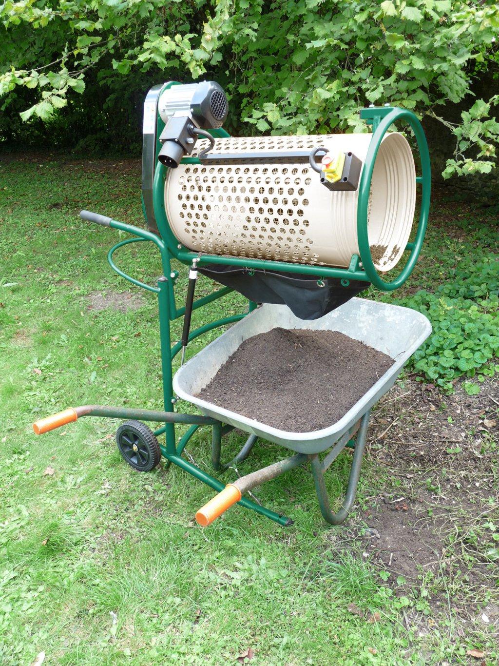 Fartools lance un tamis lectrique rs 375 pour le compostage des mati res organiques zone for Achat de gravier pour jardin