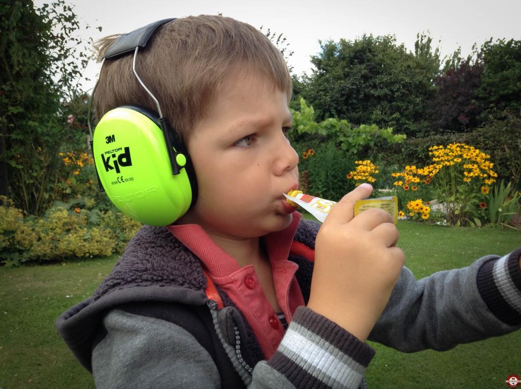 peltor kid de 3m le 1er casque anti bruit adapt aux. Black Bedroom Furniture Sets. Home Design Ideas
