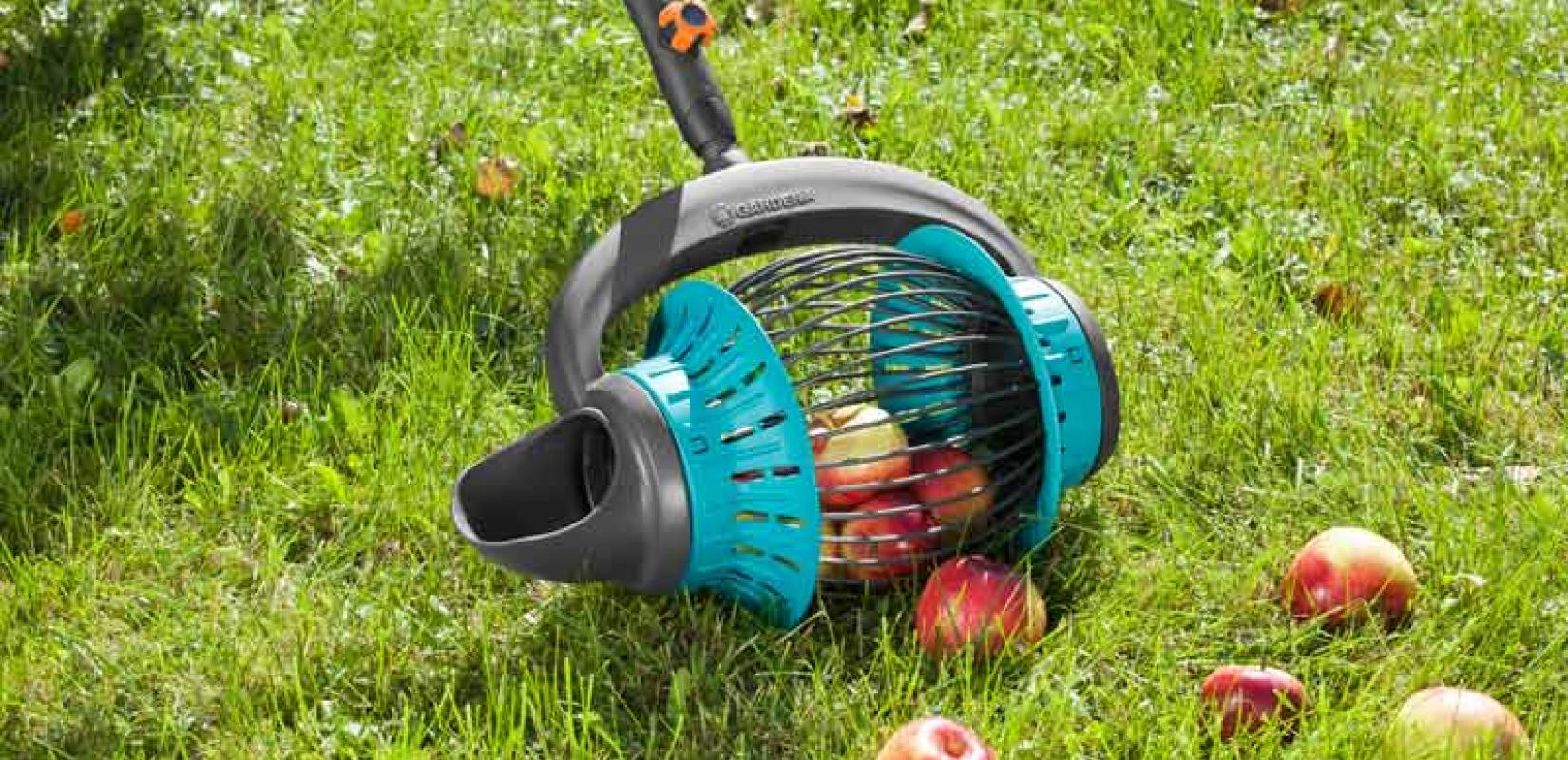gardena enrichit sa gamme d outils jardin avec un ramasse. Black Bedroom Furniture Sets. Home Design Ideas