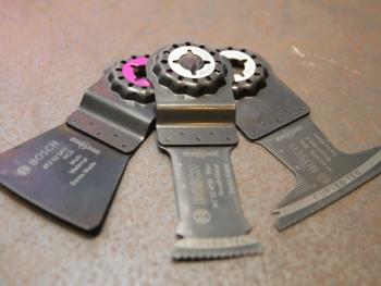 Systèmes de fixation des accessoires MagnetHold et Autoclic Bosch © Benjamin LEHARIVEL - Zone Outillage