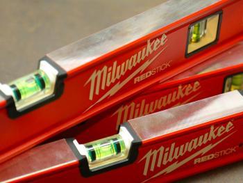 Test et avis des niveaux à bulle Milwaukee REDSTICK