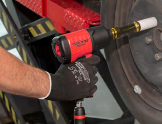 Desserrages rapides et faciles garantis avec la nouvelle clé à chocs Racing 515.1219 KS Tools