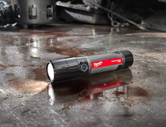 Lampe de poche Milwaukee USB Rechargeable L4 TMLED et FMLED