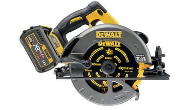 Scie circulaire sans fil DeWALT 54V XR FLEXVOLT DCS575