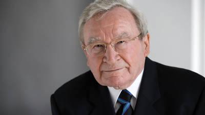 Portrait du Professeur Artur Fischer