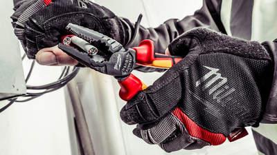 Nouvelle gamme de pinces VDE pour électriciens Milwaukee