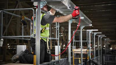Sécurisez vos outils avec les nouvelles lanières de sécurité Milwaukee
