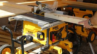 Scie à table DEWALT XR FLEXVOLT DCS7485