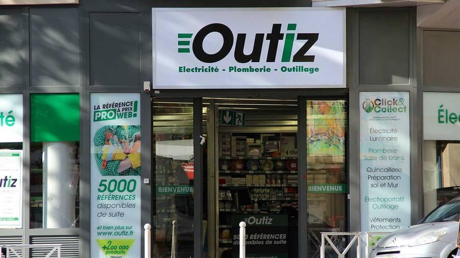 OUTIZ ouvre un nouveau comptoir à Montrouge - Zone Outillage on