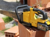 Scie Alligator DEWALT 54V XR FLEXVOLT DCS398T2