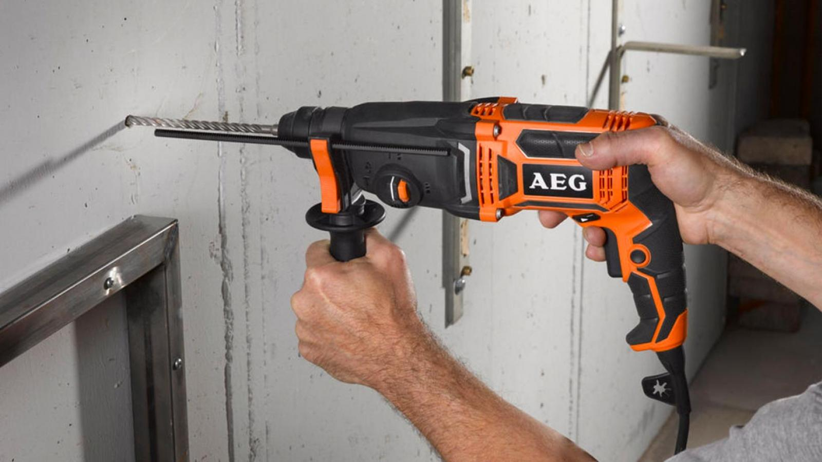 Perforateur SDS-Plus AEG KH 24 IE