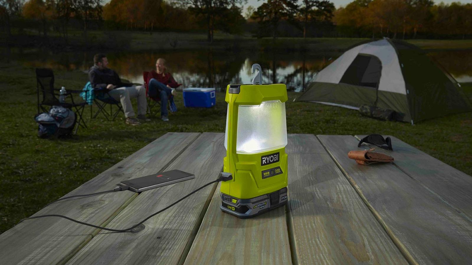 Lanterne LED USB Ryobi R18ALU