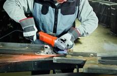 Meuleuse d'angle compacte avec FEIN ErgoGrip pour un travail confortable