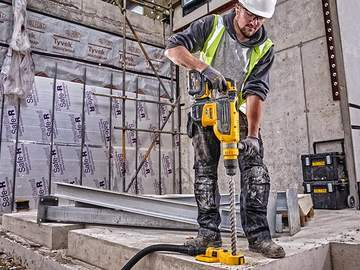 DEWALT dévoile son perforateur SDS-MAX XR FLEXVOLT 54 V DCH733X2