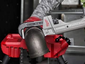 4 nouveaux outils à main du quotidien des plombiers