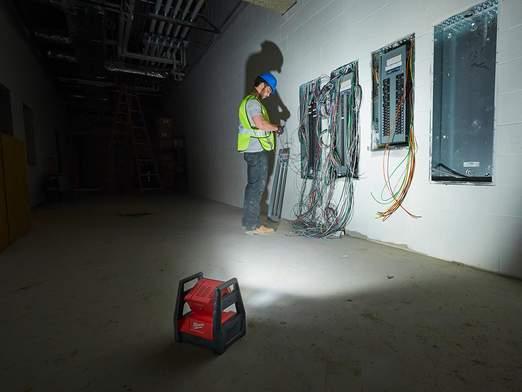 Projecteur LED Milwaukee M18 HAL