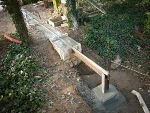 Création d'un portail battant métal coulissant en bois © Zone Outillage