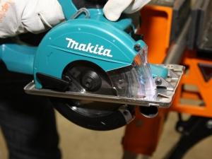 Makita scie circulaire métal Makita DCS550RFJ © Benjamin LEHARIVEL - Zone Outillage