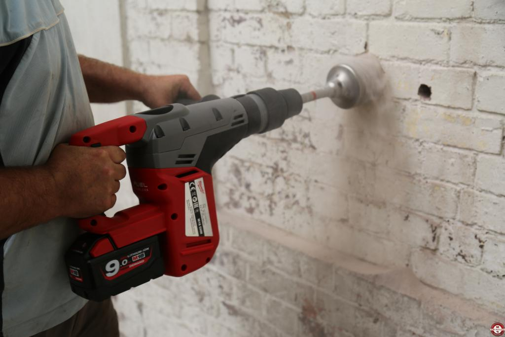 Test complet du perforateur sans fil sds max milwaukee m18 for Perforateur burineur sans fil