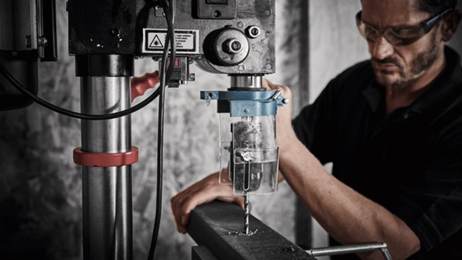 Test et avis de la perceuse à colonne Erbauer EDP750 16 vitesses 750 W