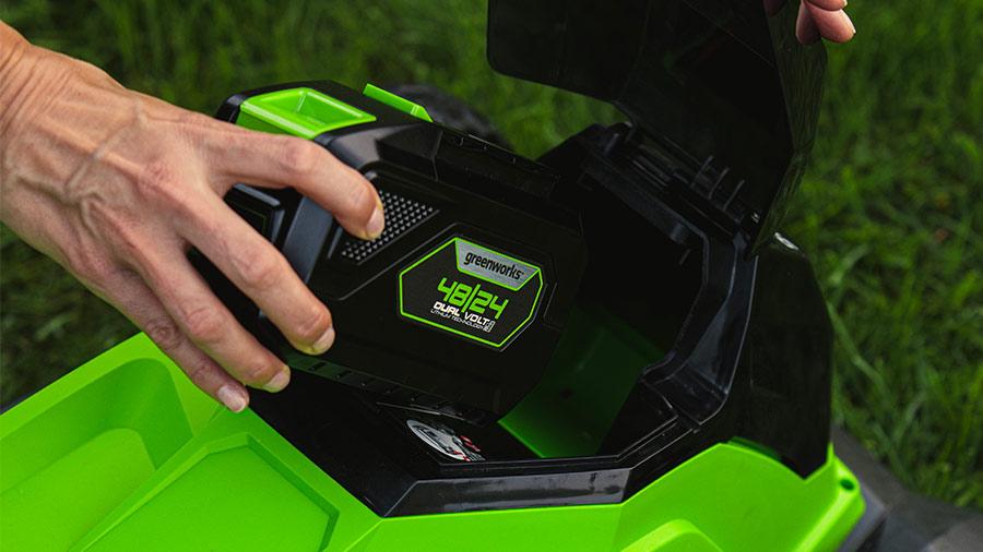 Tondeuse sur batterie GREENWORKS G48lm41k4
