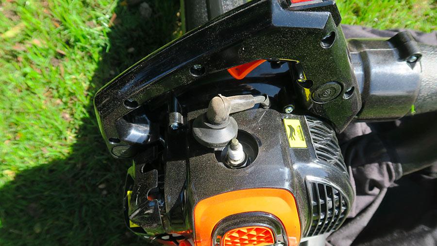 aspirateur souffleur broyeur thermique 3 en 1 FUXTEC FX-LBS126P avis