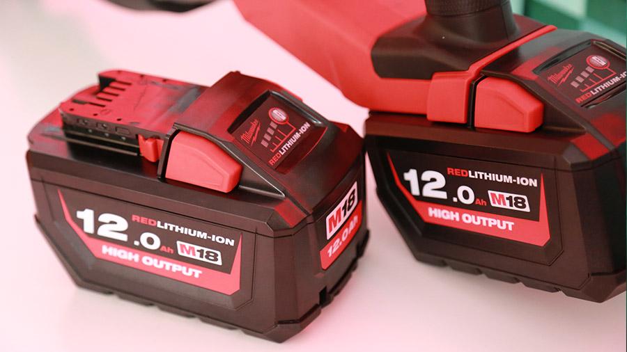 Avis et prix nouvelle batterie MIlwaukee M18 HB12 12 Ah 18 V