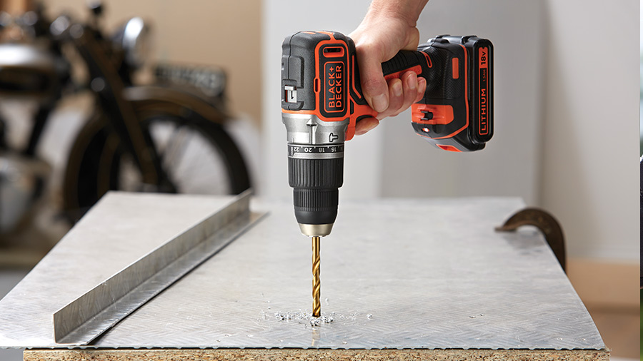 Test et avis de la perceuse à percussion BL188K1B2-QW BLACK+DECKER