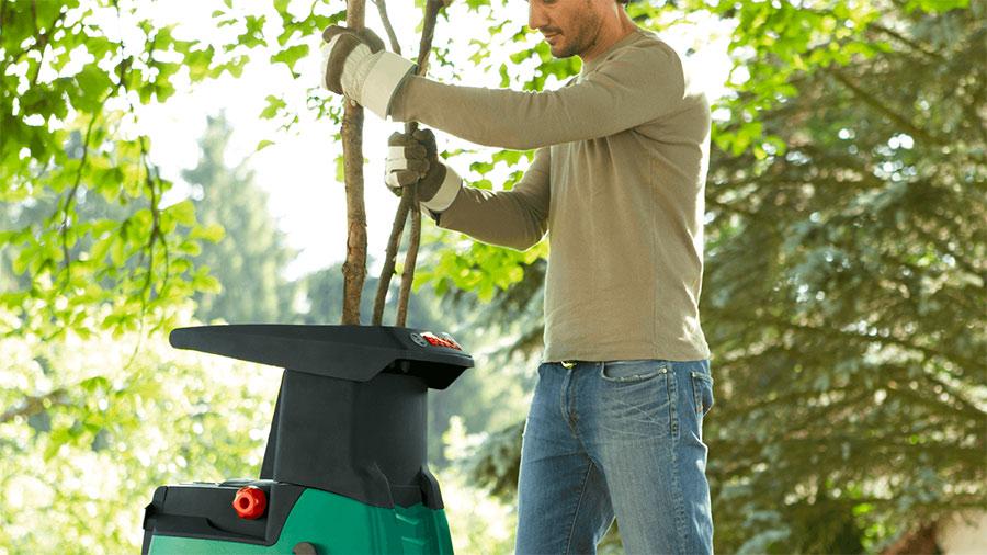 broyeur de végétaux AXT 22 D Bosch