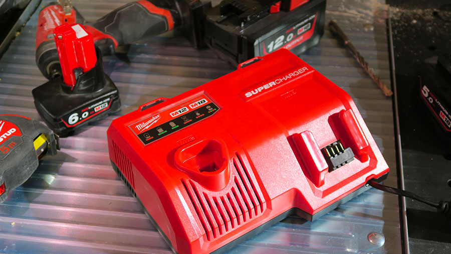 Chargeur rapide Super chargeur Milwaukee M12-18sc