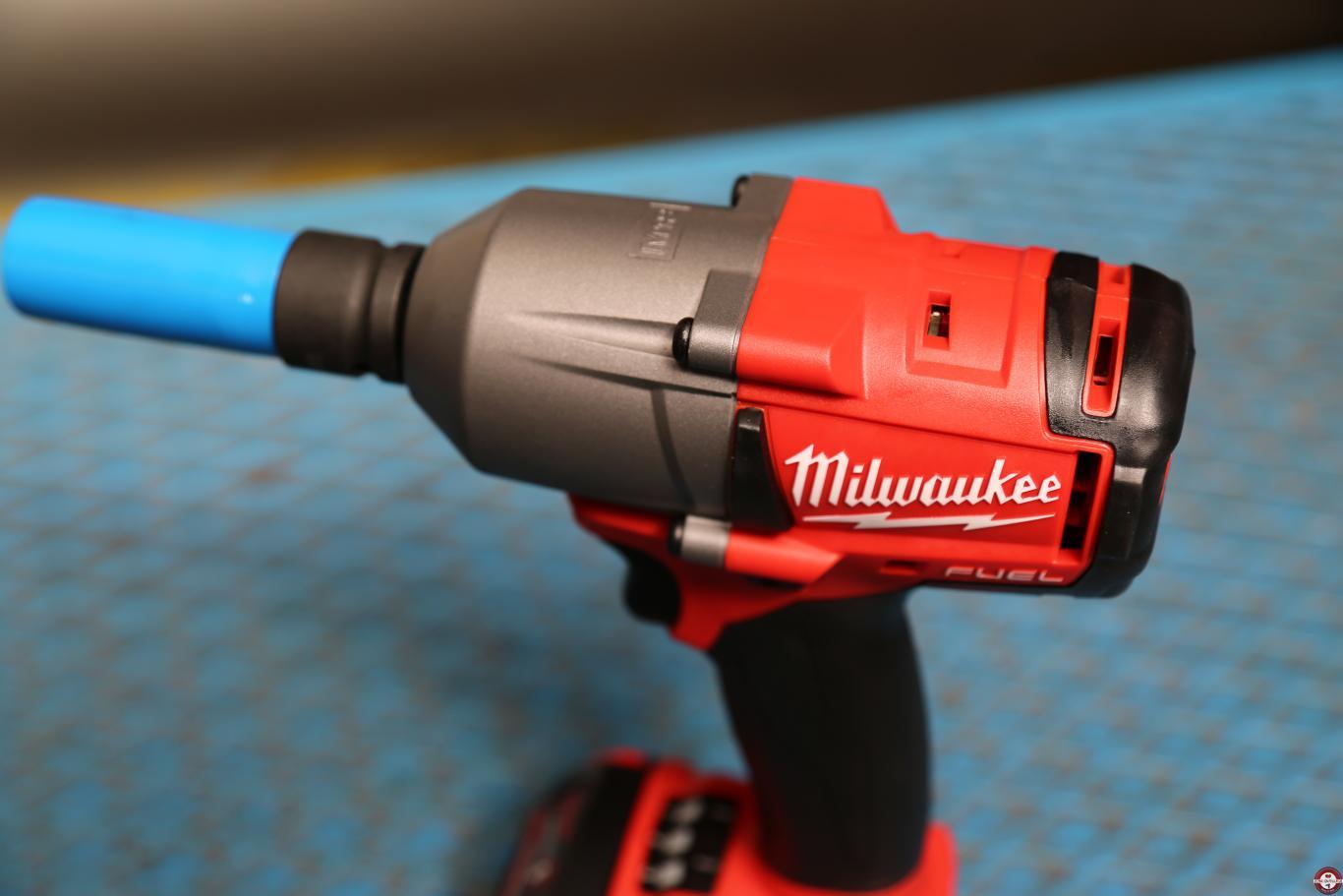 Boulonneuse Milwaukee M18 FMTIWF12-502X