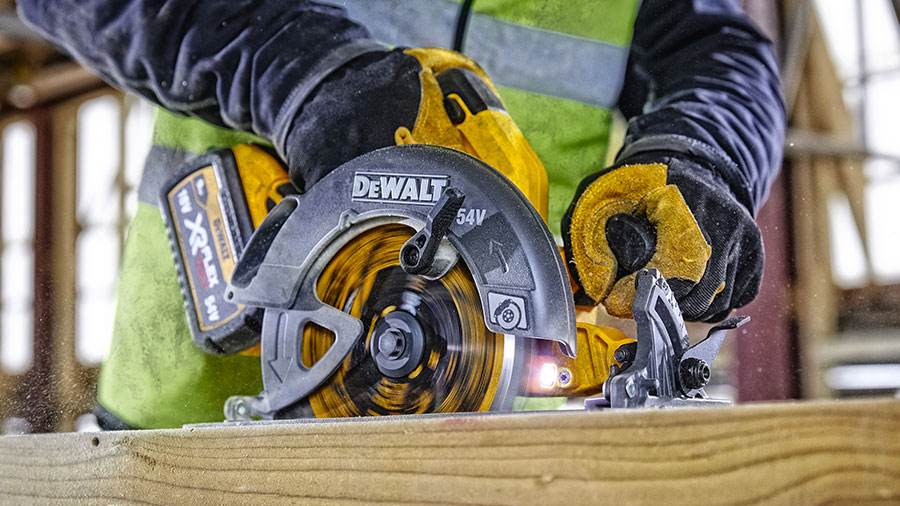 scies circulaires DEWALT DCS578 et DCS579 XR FLEXVOLT 2.0