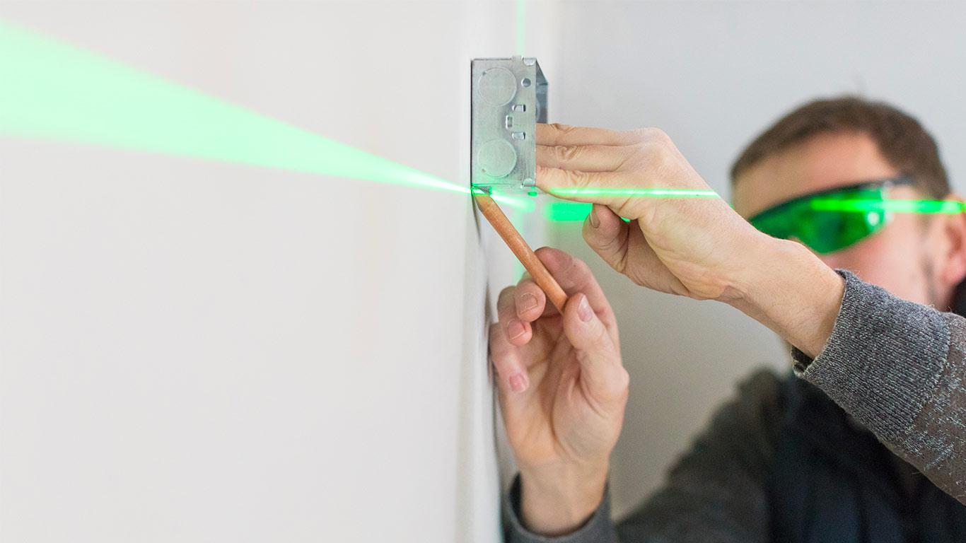 3 nouveaux lasers faisceau vert arrivent chez stanley. Black Bedroom Furniture Sets. Home Design Ideas