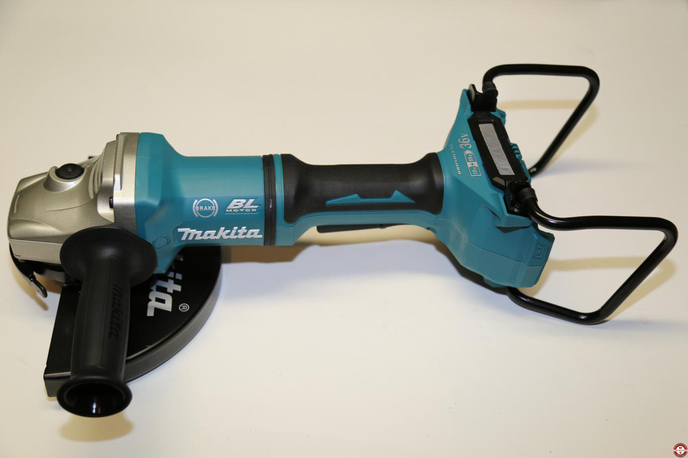 Test de la meuleuse DGA900 Makita 230 mm