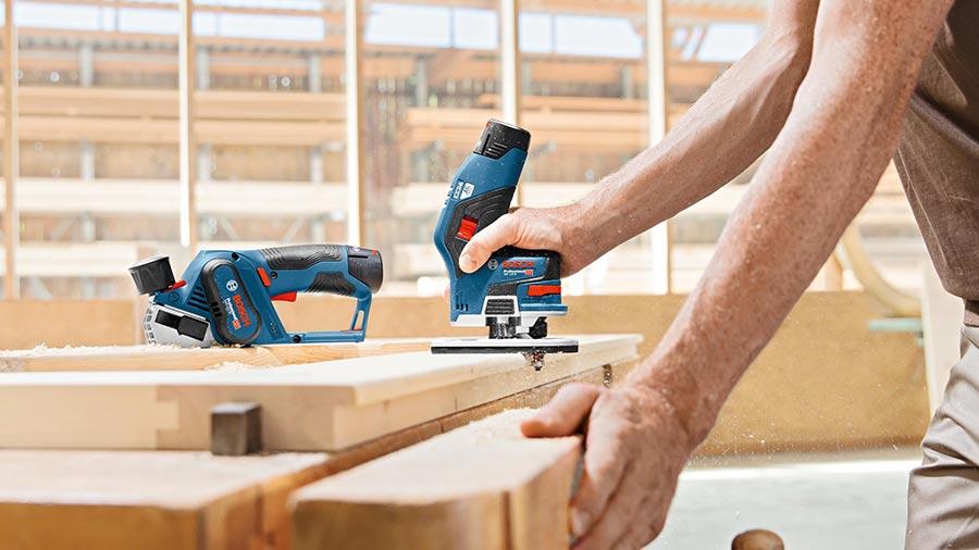 Test et avis affleureuse sans fil GKF12V-8 Bosch Professional