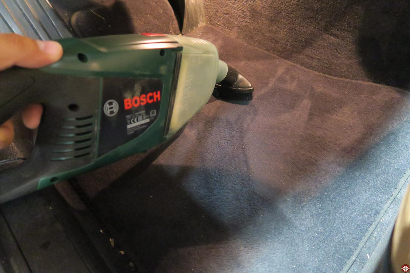Test aspirateur EasyVac 12 Bosch © Zone Outillage - Benjamin Leharivel