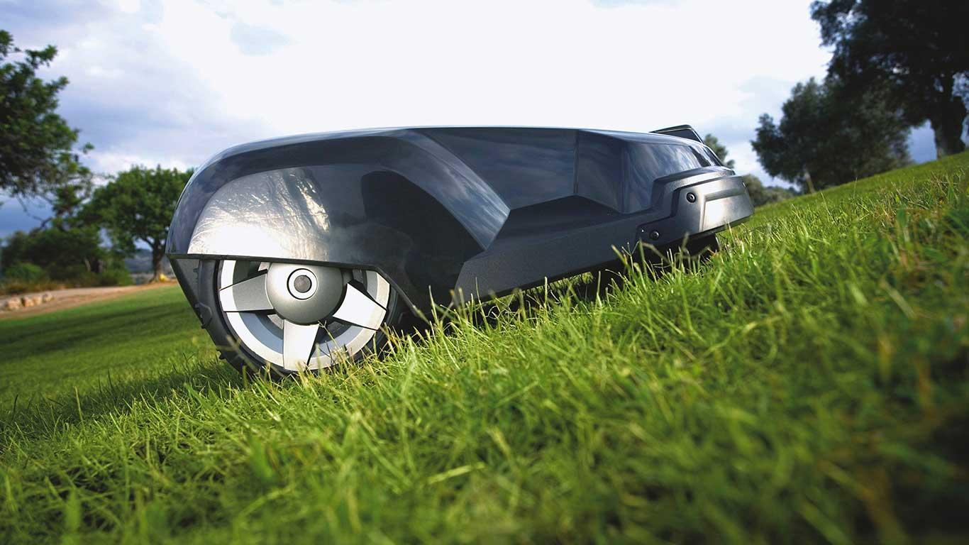 1 million de robots de tonte vendus pour la maque - Robot de tonte husqvarna ...